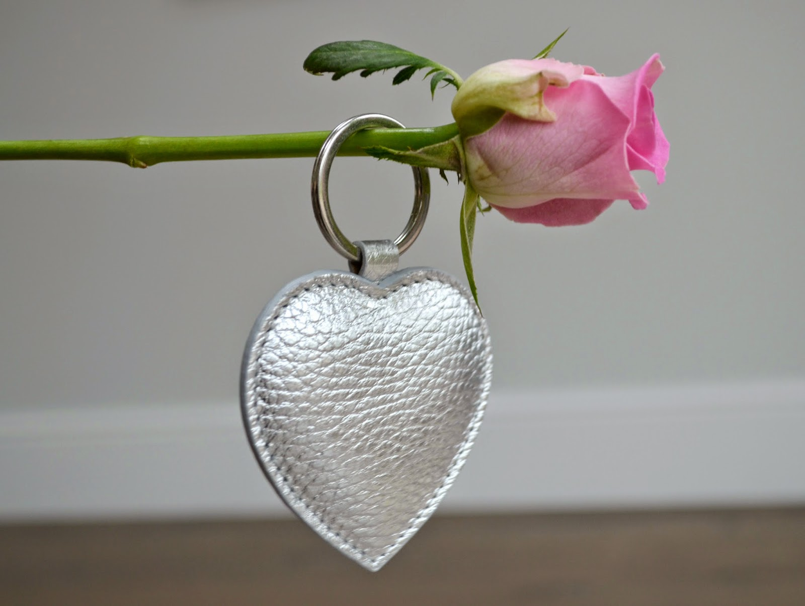 The White Company heart keyring
