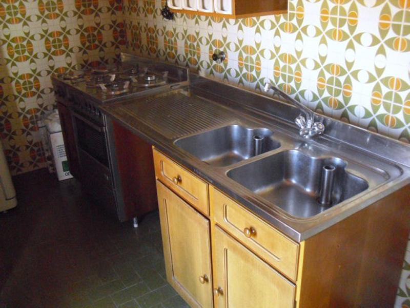 Credenza Per Cucina Usata : Mercatino dell usato di spello cucina completa in legno