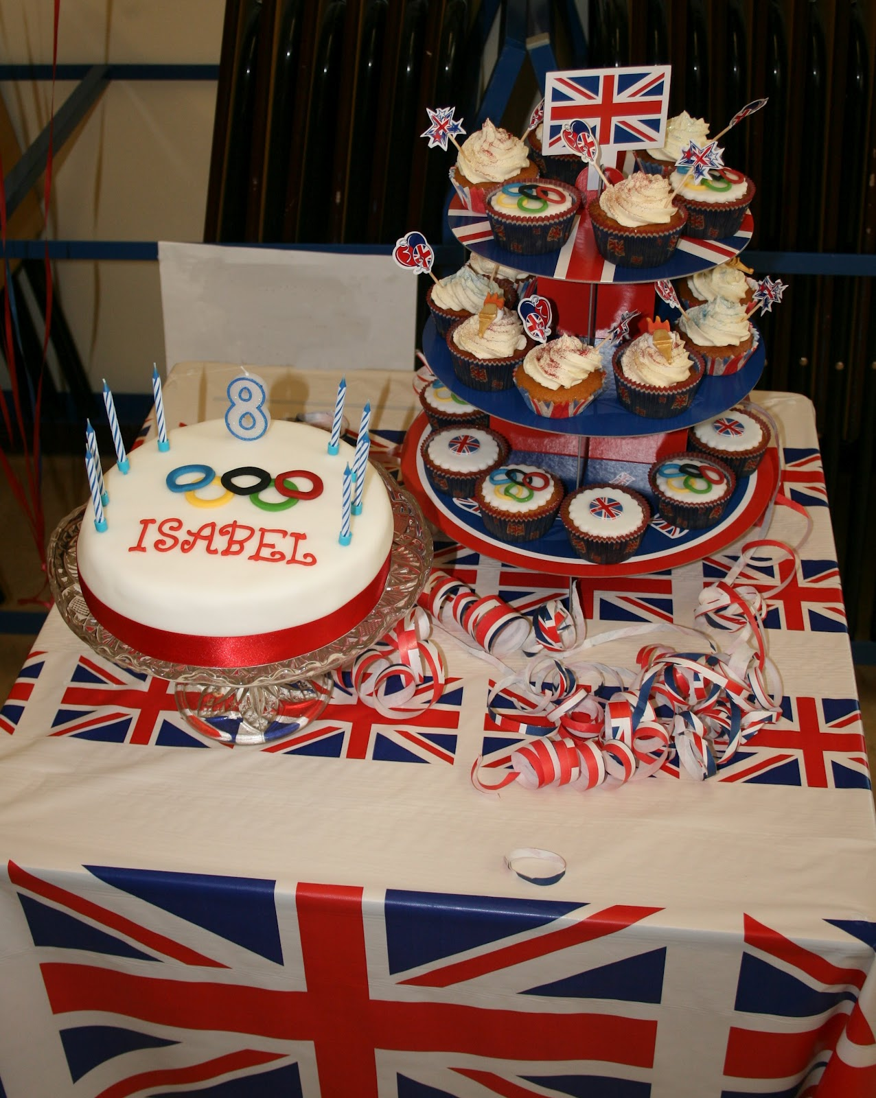 make olympic rings from sugarpaste using concentric circle cutters