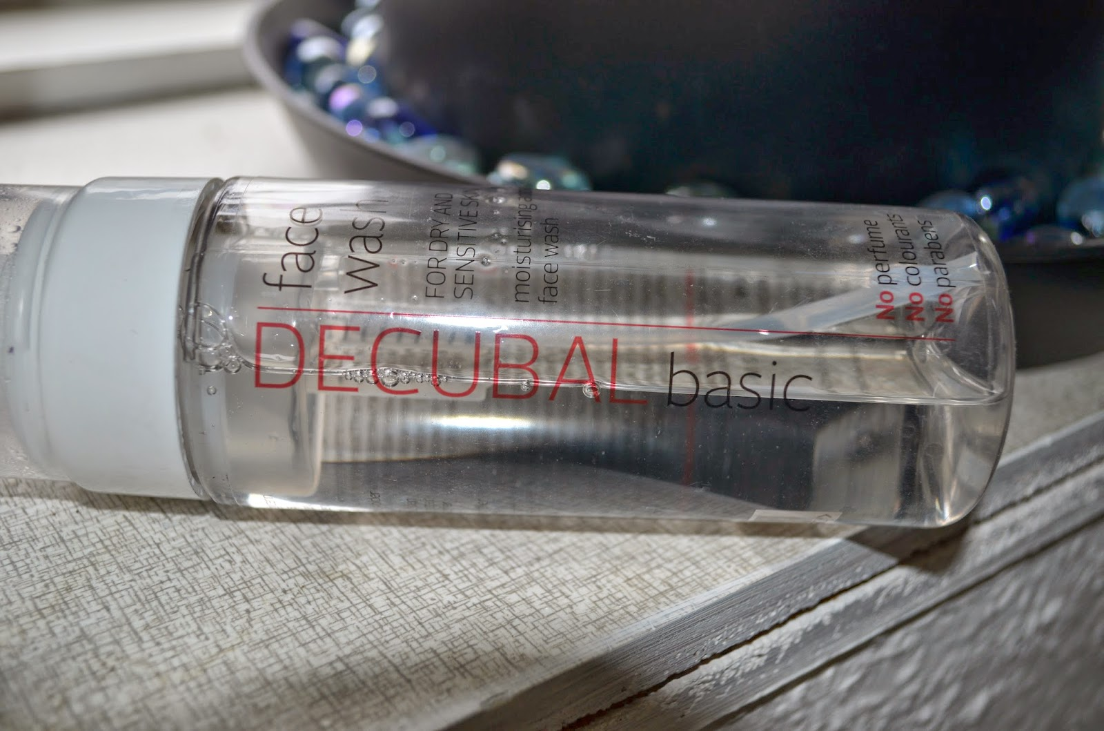 decubal face wash