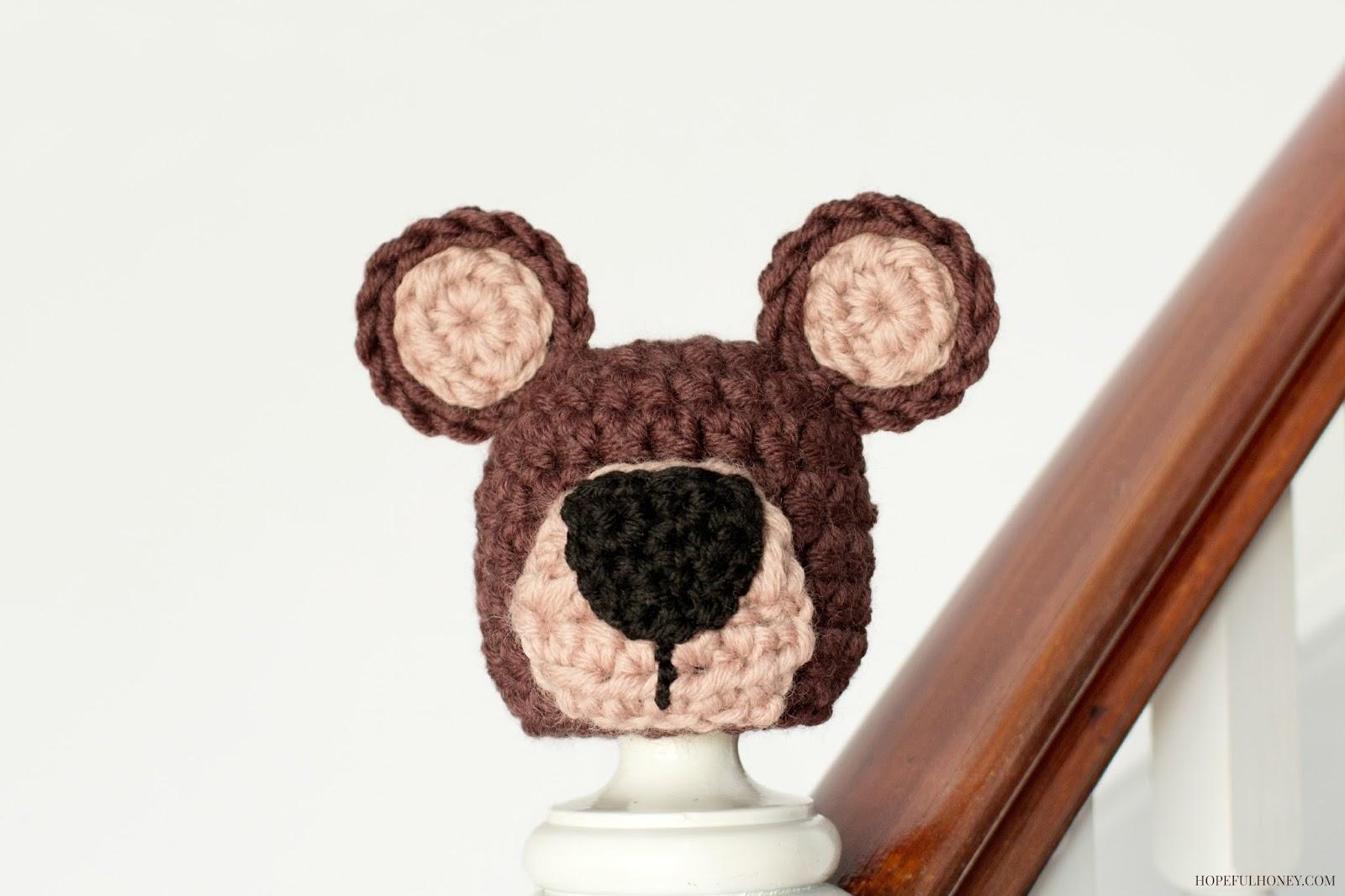 http://3.bp.blogspot.com/-oPf760bKUbU/U9CoyQI5MFI/AAAAAAAAMhg/NGwj0H0gy1E/s1600/Newborn+Teddy+Bear+Hat+Crochet+Pattern+1.jpg