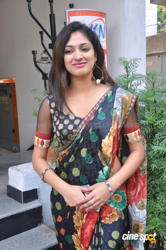 , Hari Priya Pics At Saree Store Launch