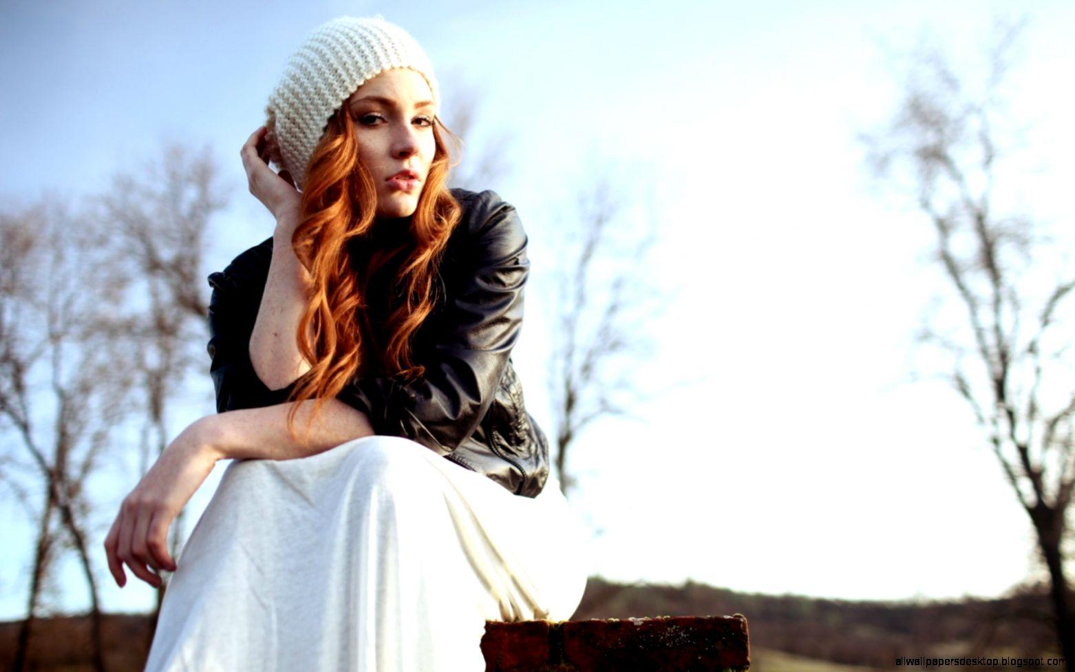 Redhead Girl Field Fashion 6929474