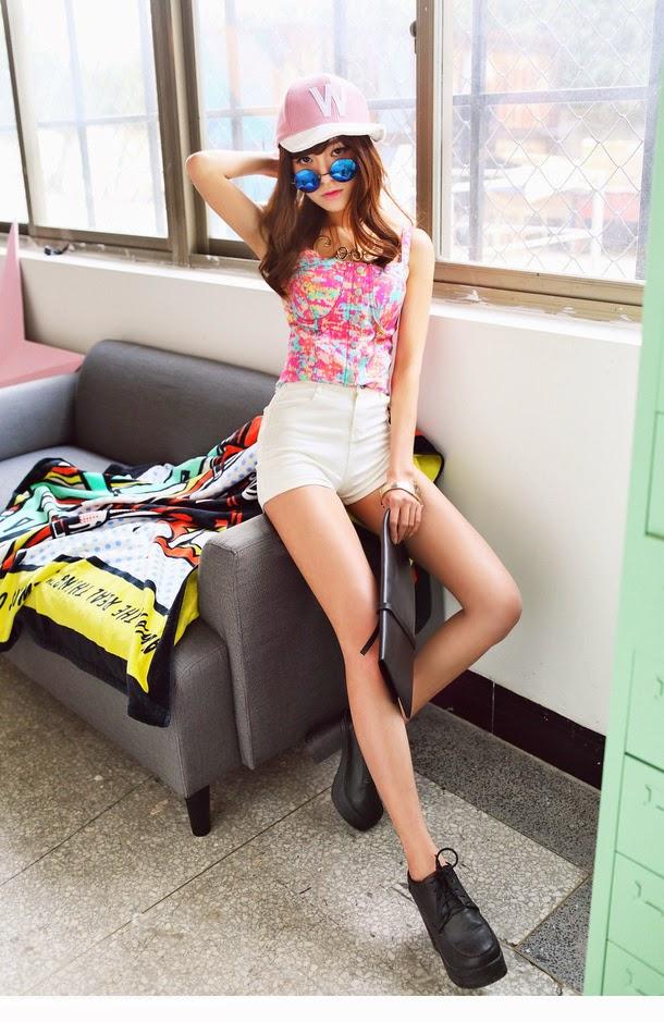 5 Korean Fan - very cute asian girl-girlcute4u.blogspot.com