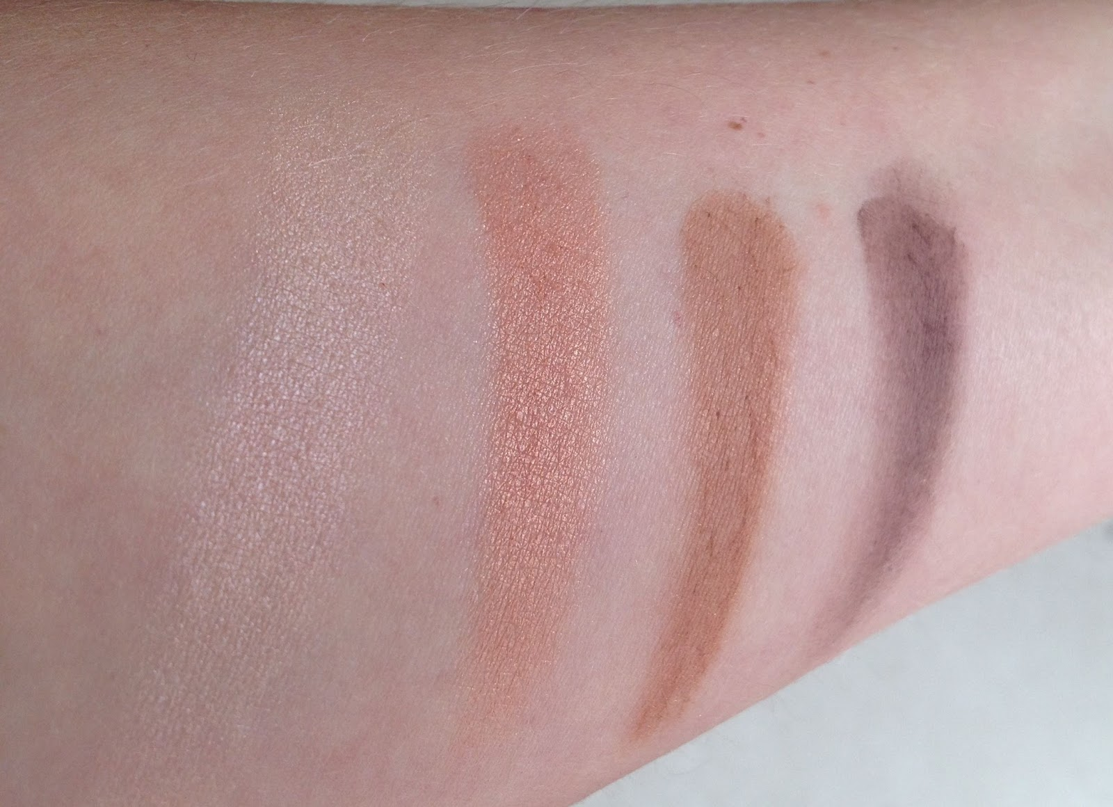 MAC Sharon Osbourne Collection Duchess Eye Shadow Quad swatches