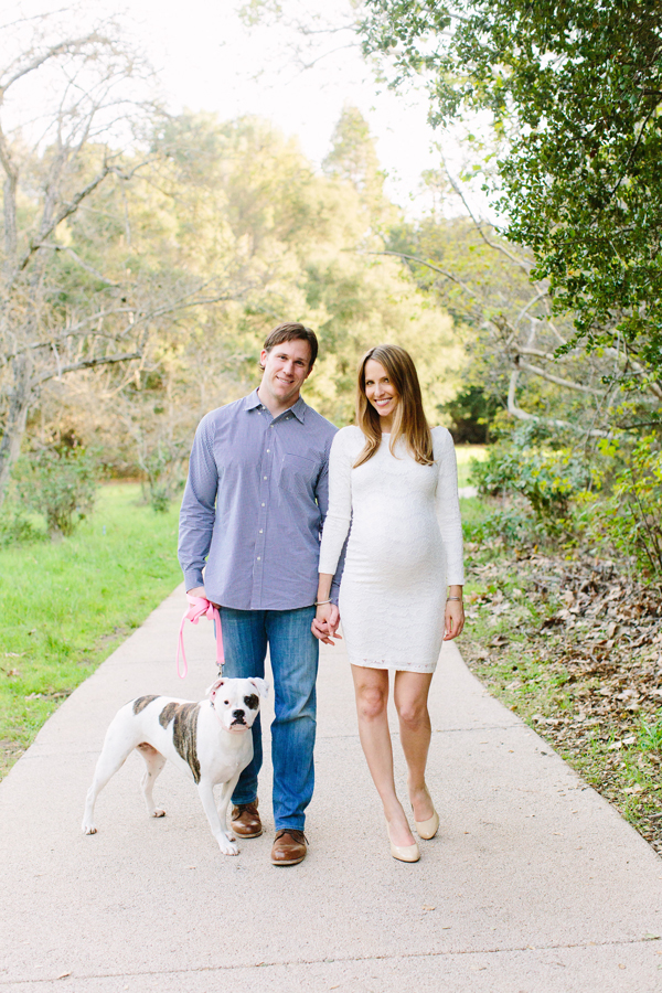 Sweet maternity photos including the family dog
