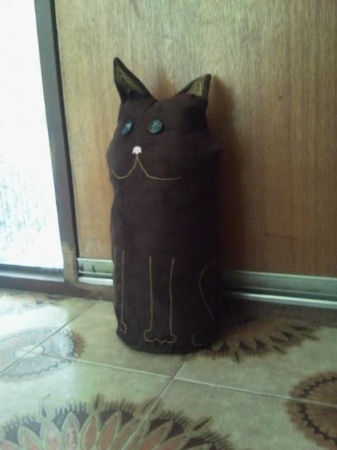 Stitching cat door stop - Cat door stoppers ...