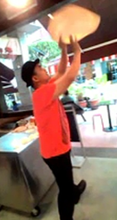 video-video roti canai terbang, di mana lokasi untuk makan roti canai terbang di Plaza Damas kuala lumpur,