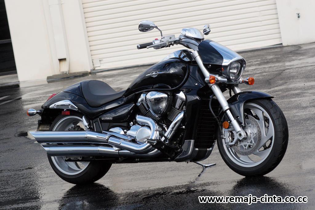 Koleksi Foto-foto Motor Harley-Davidson Keren 2010, 2011 dan 2012