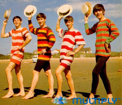 the beatles en la playa - foto graciosa
