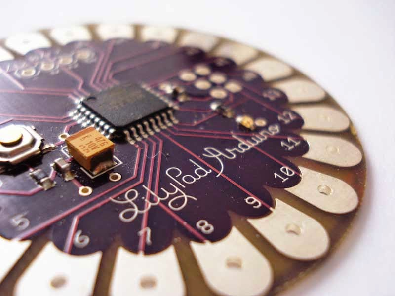 Arduino Lilypad Leah Buechley inventions smart clothing Wearable Tech weird wired wondrous Fashion technology