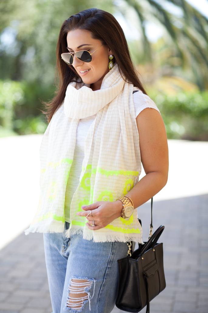 distressed boyfriend jeans, neon scarf, rayban sunglasses