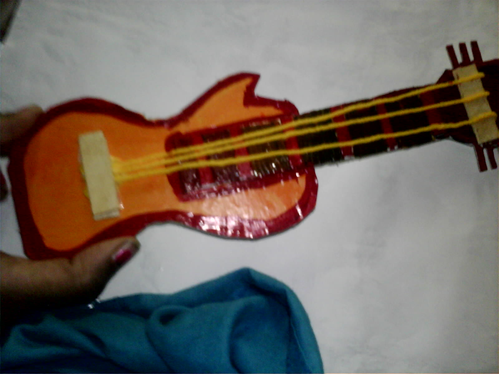 Malini 39 s creationz cardboard guitar how to make for Craft using waste bangles