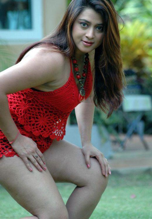 Film Actress India: Farah Khan Hot Latest Photos