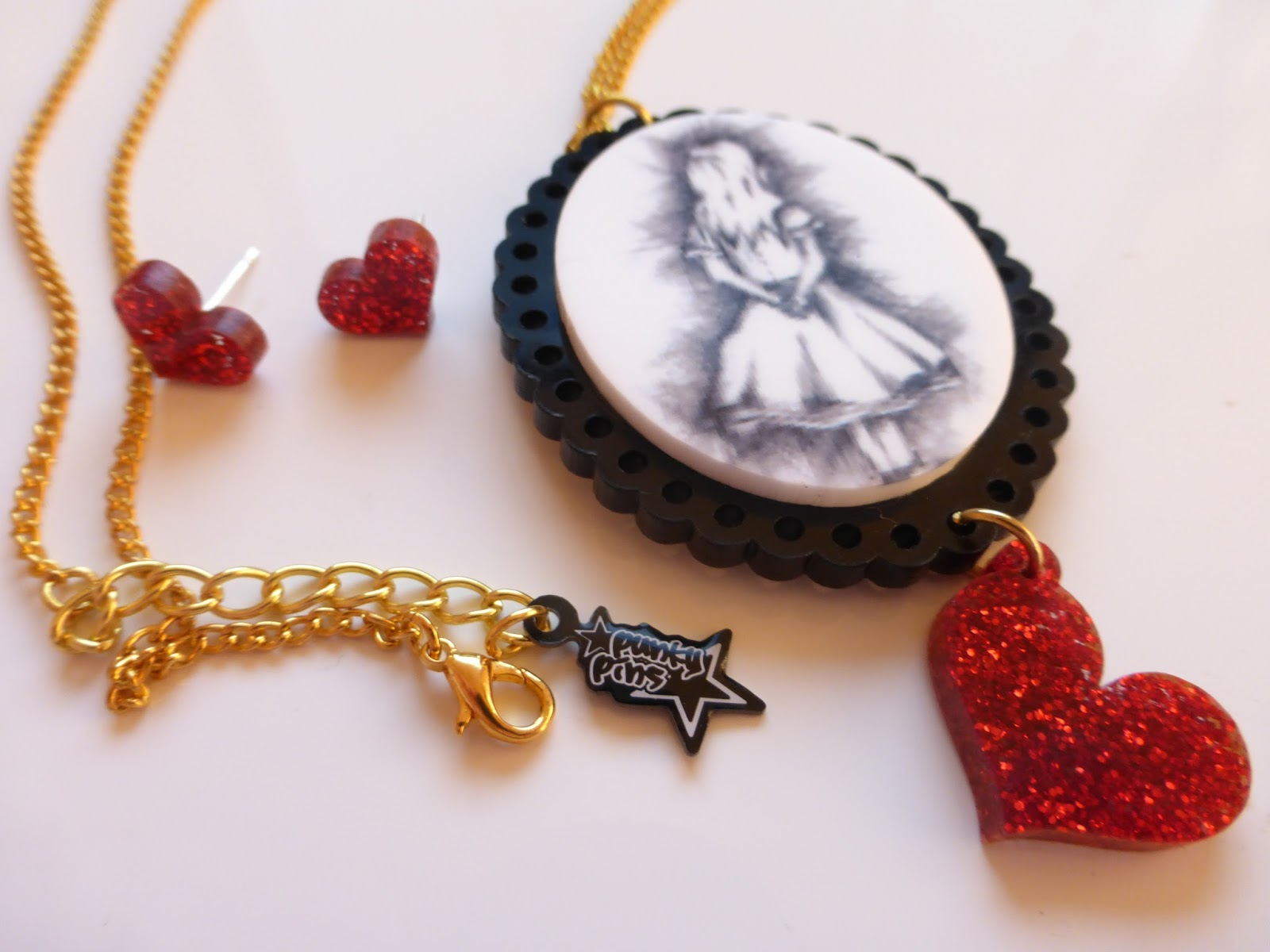 Punkypins Jewellery, alice in wonderland, georgina grogan, shemightbeloved