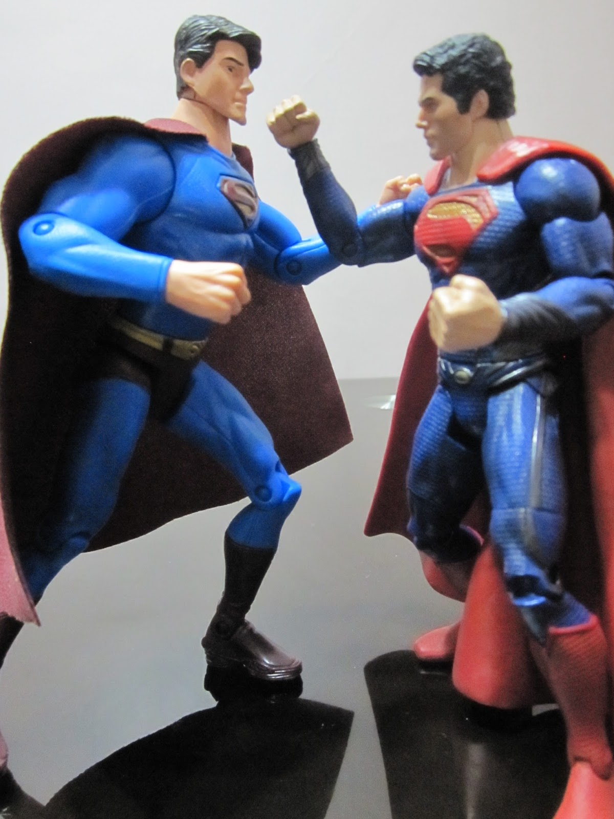 Battle Of Two Supermen Superman Returns Brandon Routh Vs Man Steels Henry Cavill