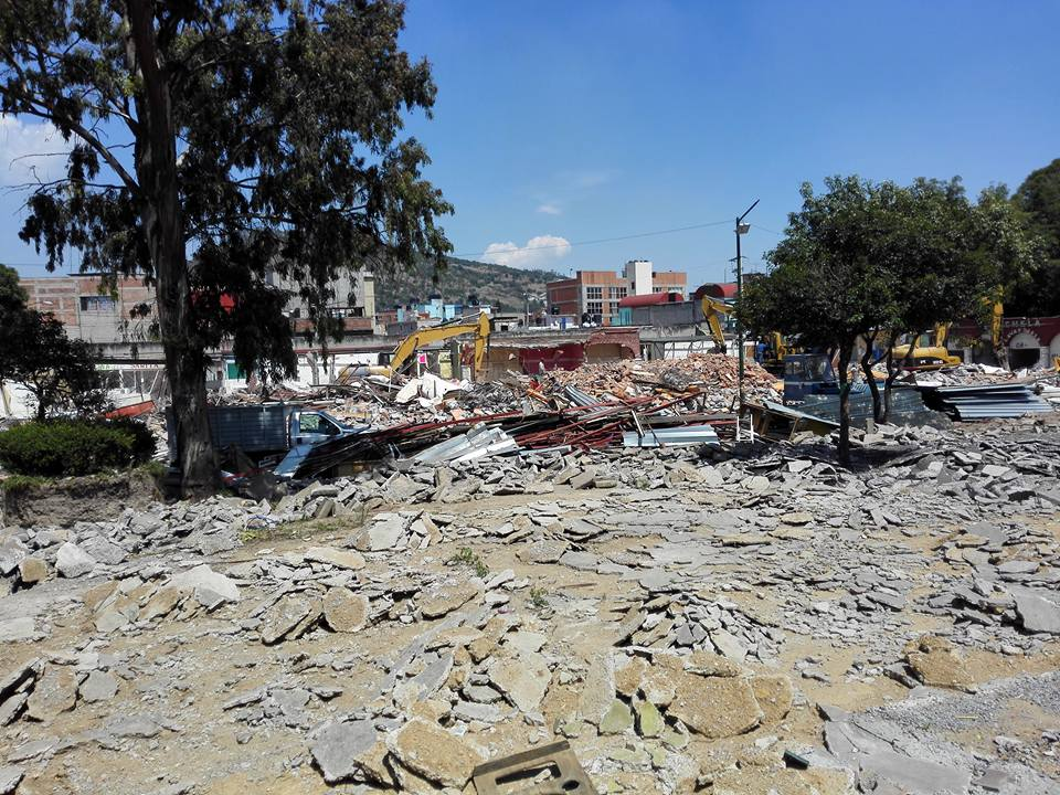 """Mercado """"Villa Comidas Viejo"""" en rehabilitación"""
