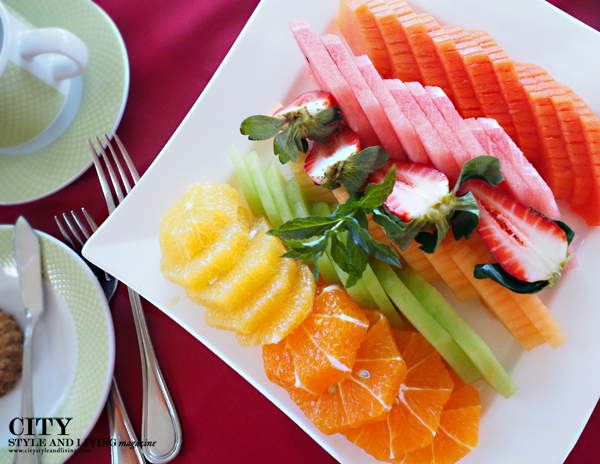 city style and living healthy breakfast fruit