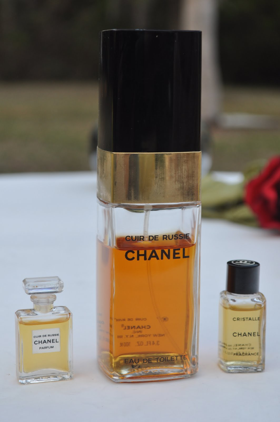 the smell of bliss niche perfume reviews chanel perfume photos vintage cristalle and cuir de. Black Bedroom Furniture Sets. Home Design Ideas