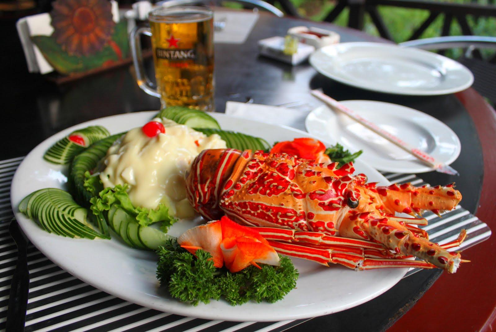 http://3.bp.blogspot.com/-oSOUVlxyASY/T4hTS6Sp9pI/AAAAAAAACK8/bR4c4VTFEpo/s1600/Lobster%2BLunch%2Bin%2BJakarta%2BIndonesia.jpg