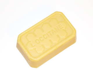 L'Occitane мыло из серии Мед и Каритэ