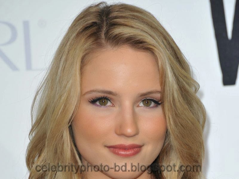 Actress+Dianna+Agron+Hot+Photos005