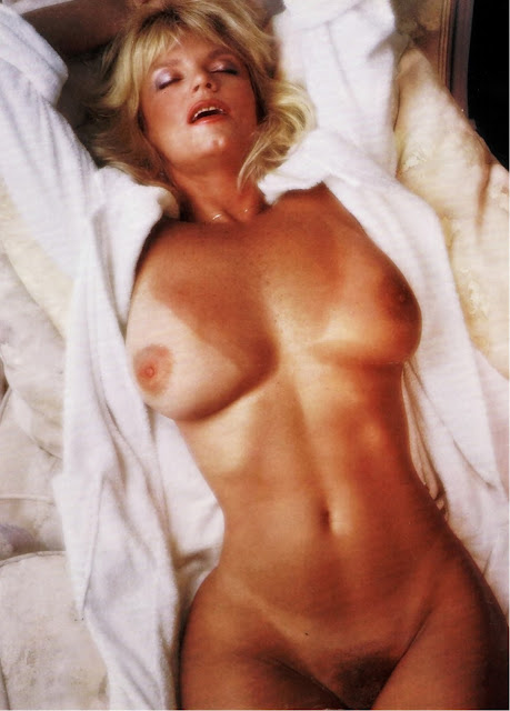 """Celebrity Nude Century: Carol Wayne (""""Tonight Show"""" Tea ..."""