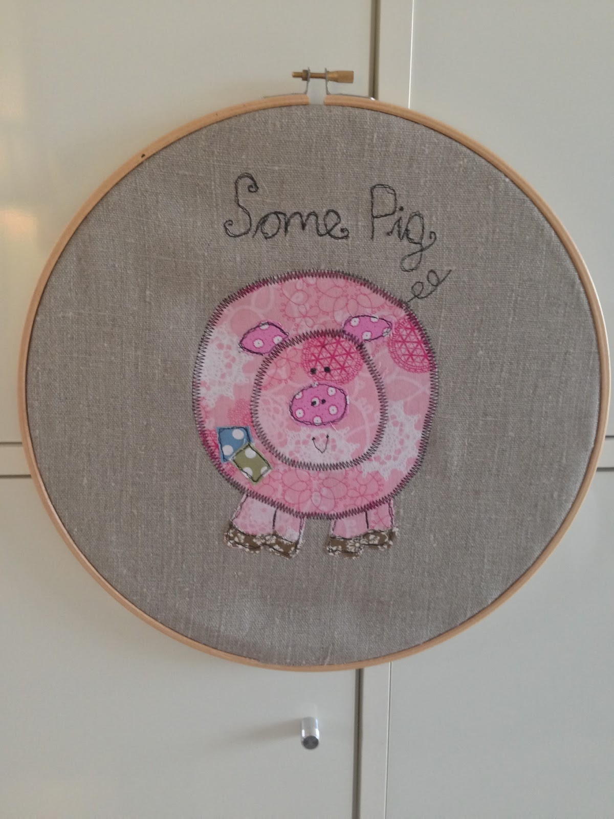 Crafty red charlotte s web machine embroidery applique