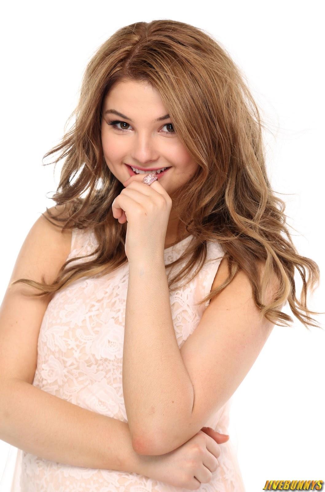 stefanie scott sexy young actress photos gallery 4