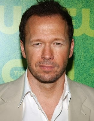 Donnie Wahlberg Folows Geno's World On Twitter