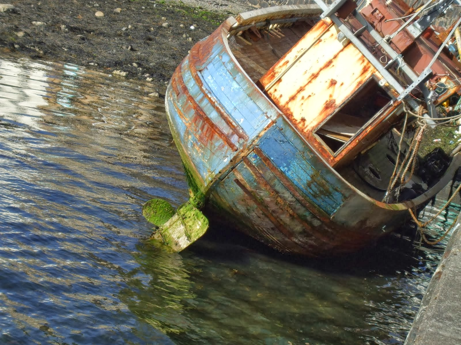 abandoned boat oban 2012 sea penguin