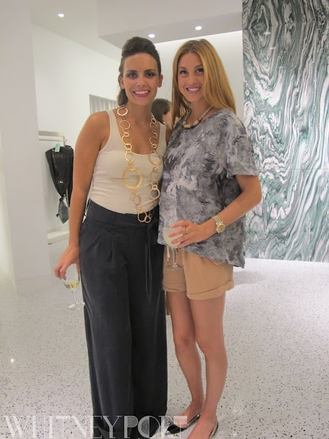 Smile campus - Whitney port clothing
