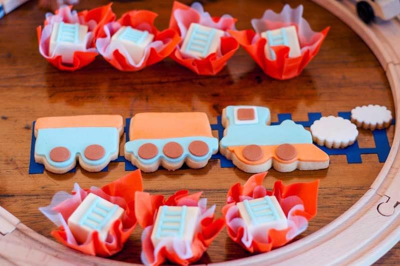 Festa_Tremzinho_Bernardo_Detalhe_Mesa_Cookies