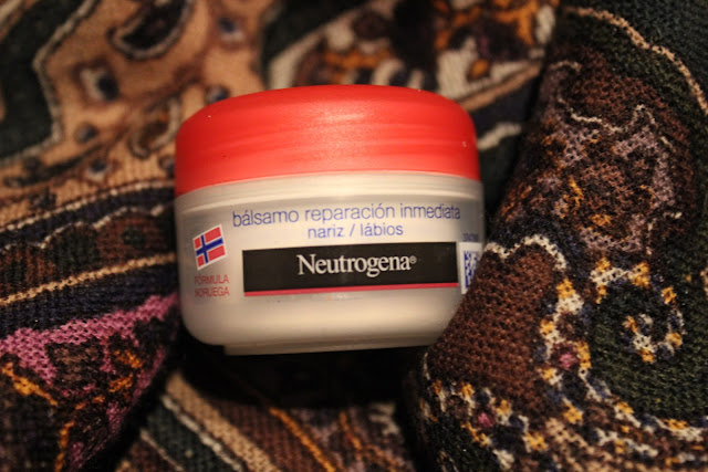 Neutrogena lip balm