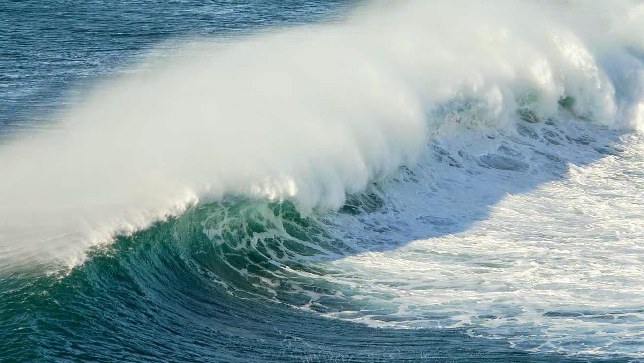 surfing menakoz 27