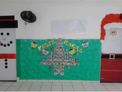 Portal escola mural de natal educa o infantil mural de for Mural sobre o natal