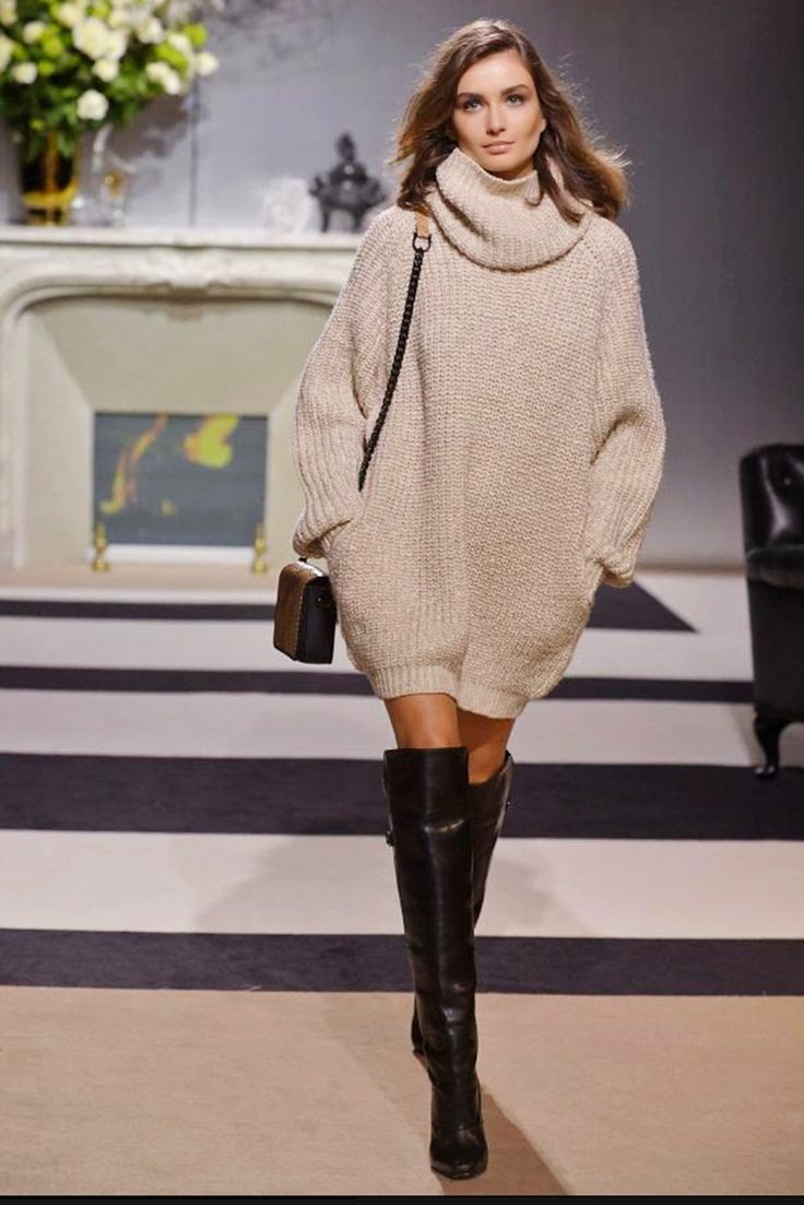Aurafashion.no: Fall trends: How to wear an oversize sweater.