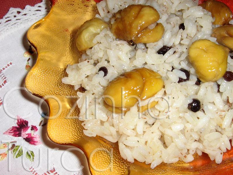 Pilaf de Arroz com Castanhas e Groselhas (Kestaneli Pilav)