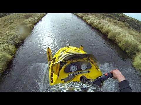 (Video) Motorri ujit me shpejtësi marramendëse