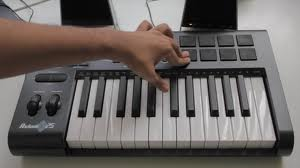 Making beats on midi keyboard