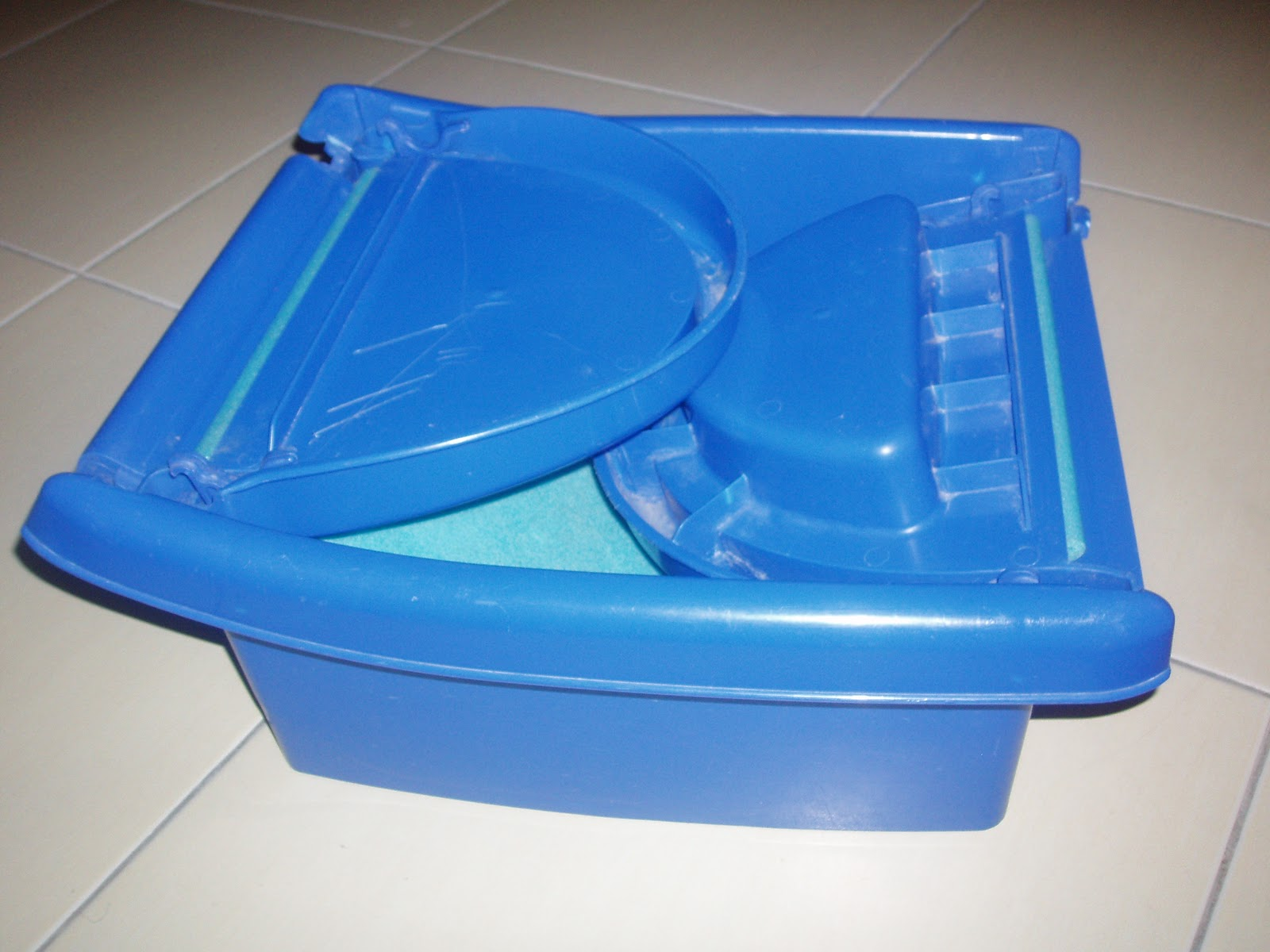 myjunkmyprecious safety first baby bath tub. Black Bedroom Furniture Sets. Home Design Ideas