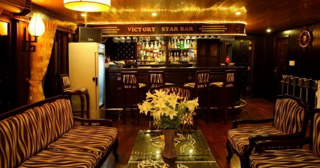 Bar - Victory Star Cruise