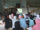 Kaum Ibu Desa Tonjong Belajar Budidaya Belut