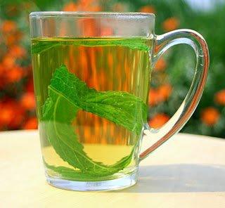 لتتمتع بنوم هادئ ، أختر أحد هذه المشروبات السحرية