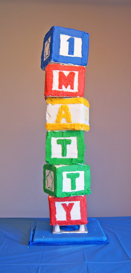Everything has it 39 s wonders abc baby shower inspiration for Alphabet blocks cake decoration