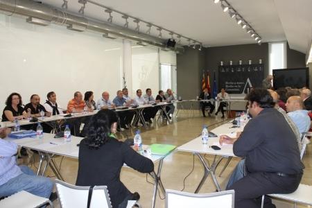 El Consell, la FVMP y las asociaciones de venta no sedentaria firman un acuerdo para el desarrollo reglamentario de la venta no sedentaria en la Comunitat Valenciana