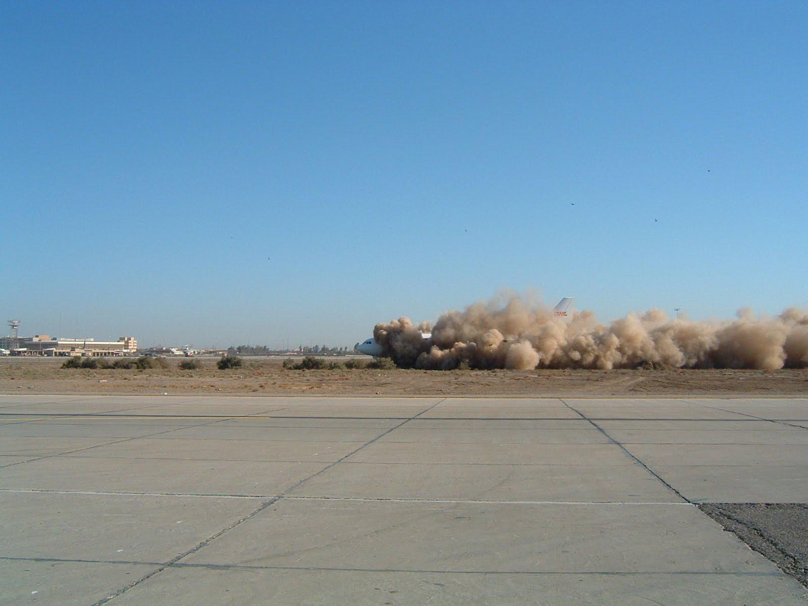 http://3.bp.blogspot.com/-oW9CkUY-z5U/TcLkIk70xEI/AAAAAAAAACk/2ChPHLVZVz0/s1600/DHL_Iraq_missile_3.jpg