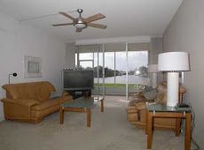 SOLD by MARILYN: Penthouse Highland 2 bedroom, 2 bath first floor condo in Highland Beach