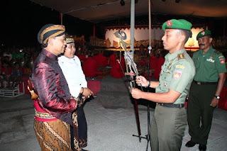 Pagelaran Wayang Tutup Rangkaian Peringatan Hut TNI Ke-70 Dan HUT Kodam Ke-65