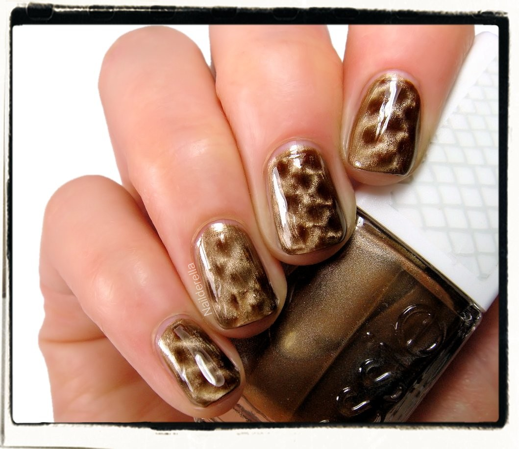 Get Your Python on With Essie's Repstyle Collection recommend
